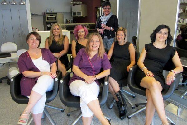 Gruppe verbessert sitzen - L - Sa - So_InPixio